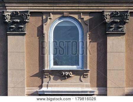 Gothic Window10