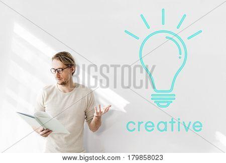 Light bulb icon ideas graphic