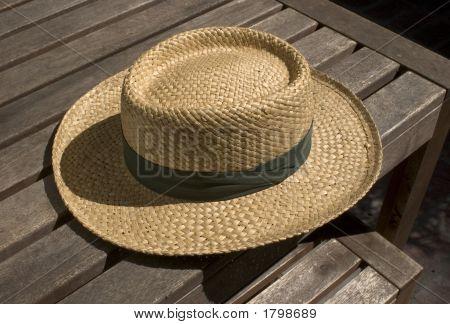 Straw Hat 18