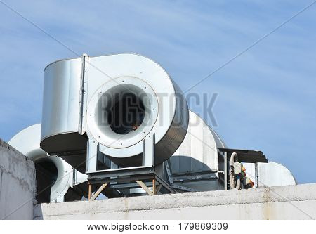 Industrial air conditioning and ventilation systems. Ventilation systems.
