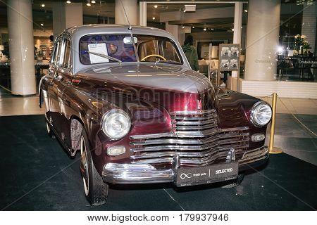 Moscow, Russia - April 02, 2017: Gaz-m20 Pobeda, Soviet Union 1954. Retro Car Exibition In Shopping