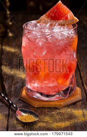 Cocktail Juicy grapefruit. Vodka, syrup water-melon, grapefruit