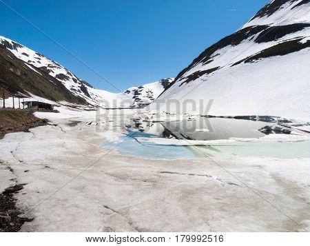 Oberalp Pass, Artificial Lake Ice
