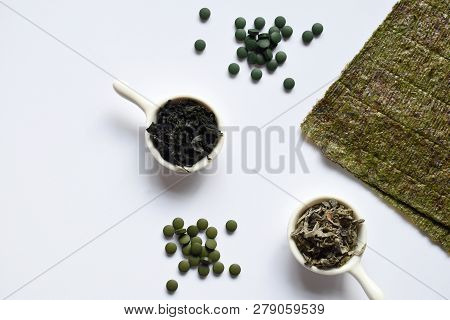 Dried Seaweed: Nori, Wakame, Kelp, Spirulina, Chlorella. Superfood. Healthy Food