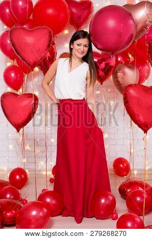 Valentine's Day Concept - Full Length Portrait Of Pretty Woman With Heart-shaped Balloons