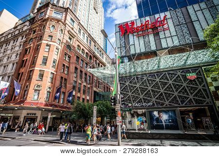 23th December 2018, Sydney Nsw Australia: Street View In Sydney Cbd With Westfield Shopping Centre A