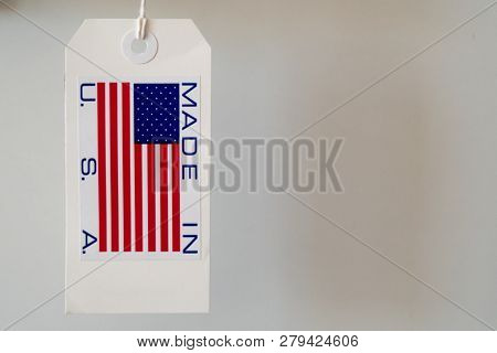 Made in USA paper label macro