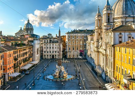 Rome, Italy - September 30 2018: View From A Window Overlooking The Piazza Navona Early Morning, Sho