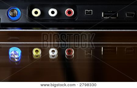 Front Dvd Panel