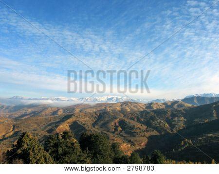Wolken über Berge