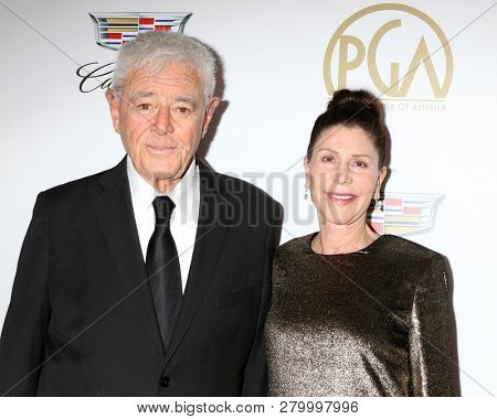 LOS ANGELES - JAN 19:  Richard Donner, Lauren Shuler Donner at the 2019 Producers Guild Awards at the Beverly Hilton Hotel on January 19, 2019 in Beverly Hills, CA