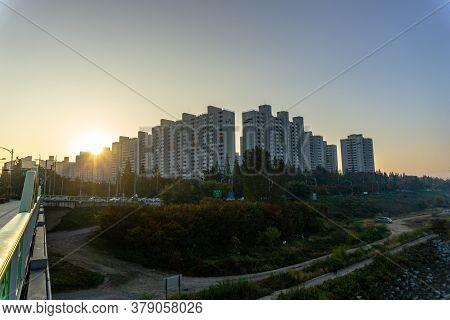 Daegu, South Korea - November 3 , 2018 : Apartment For Samsung Company's Staffs In Daegu City Near G