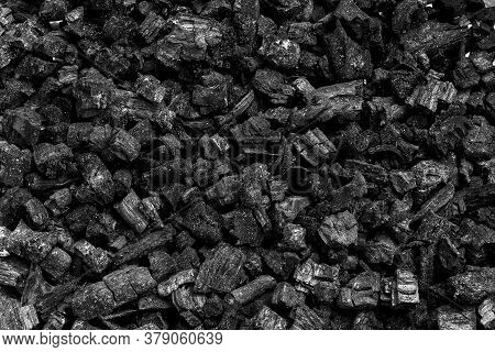 Natural Wood Charcoal, Traditional Charcoal Or Hard Wood Charcoal, Used As Fuel For Industrial Coal.