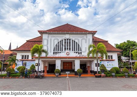 Surabaya, Indonesia - November, 05, 2017: Front Side Of The Post Office In The Old City Centre Of Su