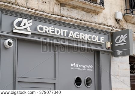 Bordeaux , Aquitaine / France - 07 28 2020 : Credit Agricole Logo And Text Sign On French Bank Agenc