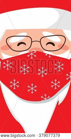 Portrait Of Santa Claus Wearing A Medical Protective Mask Against Coronavirus During Quarantine. Sur