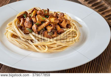 Pasta With Fried Chanterelles