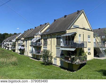 Residential Buildings And A Spring Setting In The Zurich Suburbs - Canton Of Zürich (zurich Or Zueri