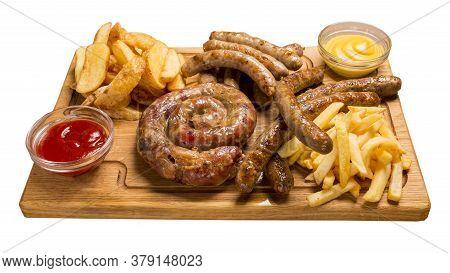 Set Of Grilled Sausages A Wooden Board Hunting Sausages, Pork Sausages, Homemade Sausage, French Fri