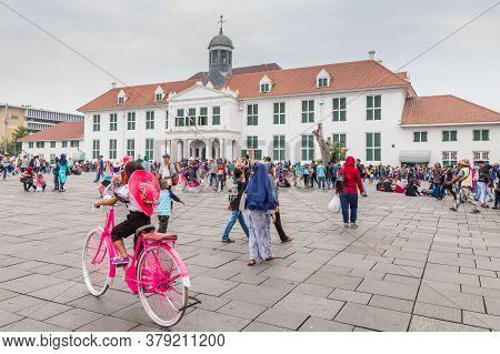Jakarta, Indonesia - October, 28, 2017 Recreation On Fatahillah Square, Kota Tua. Old City Of Batavi