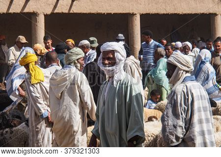 Rissani, Morocco - Oct 18, 2019: Sheep Market In The Souk Of The City Of Rissani In Morocco. Morocca