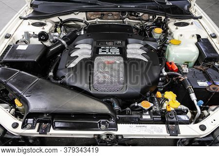 Novosibirsk/ Russia - August 01 2020: Subaru Outback, Close Up Of A Clean Motor Block. Internal Comb