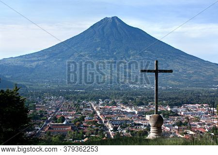 Arch Of Santa Catalina In Antigua, Guatemala, Horizontal Composition, Sunny Day