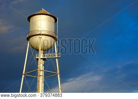 Water Storage Tank Aqueduct Tower Metal Structure