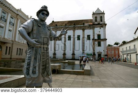 Salvador, Bahia / Brazil - May 23, 2015: Street Artist Performs A Statuesque Performance In The City