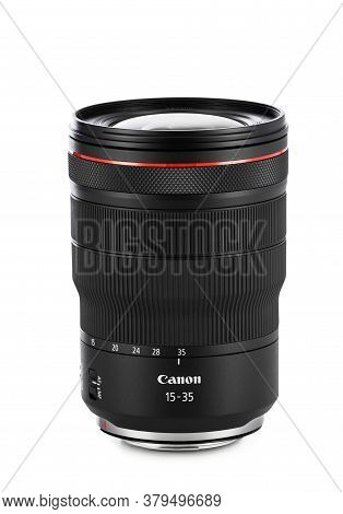 Varna, Bulgaria - August 04,2020: Image Of Canon Rf 15-35mm F 2.8l Is Usm Lens On A White Background