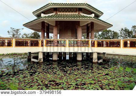 Hoi An, Vietnam, February 29, 2020: Mausoleum Pond Of Vietnamese Soldiers From Quảng Nam Province Ki