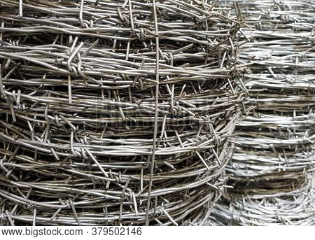 Barbed Wire For Fencing, Wire Galvanized With Spikes For Industry, Protection