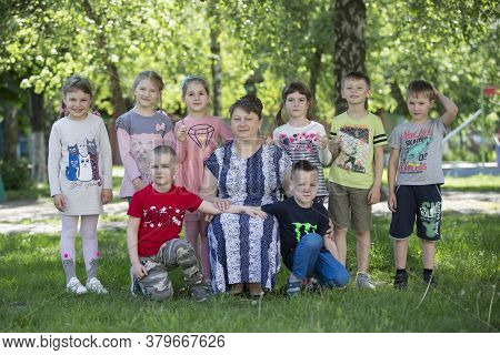 Belarus, The City Of Gomil, April 26, 2019. Kindergarten On The Street.a Group Of Russian Children F