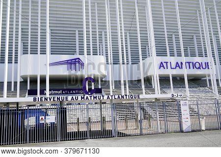 Bordeaux , Aquitaine/france - 10 25 2019 : Lettering Sign Logo New Stadium In Bordeaux Girondin Fran