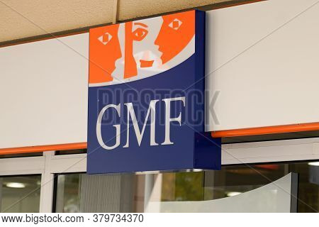 Bordeaux , Aquitaine / France - 08 04 2020 : Gmf Sign Orange And Blue Logo Of French Mutual Insuranc