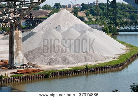 Aggregate Mountain