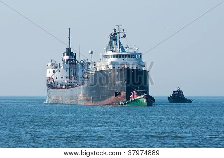 Tugboat Assist