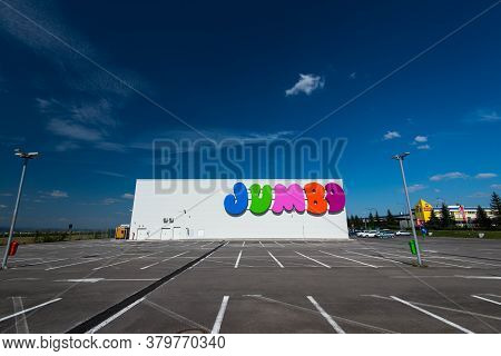 Brasov, Romania- 06 August 2020: Side View Of Jumbo Store With Empty Parking Lot During The New Coro