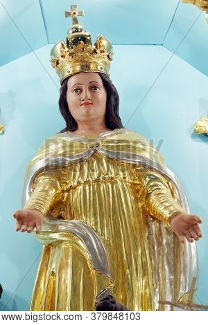 BREZOVICA, CROATIA - SEPTEMBER 08, 2011: Virgin Mary, statue on high altar in parish church of the Assumption of the Virgin Mary in Brezovica, Croatia
