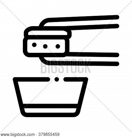 Sushi Roll Wasabi Icon Vector. Sushi Roll Wasabi Sign. Isolated Contour Symbol Illustration