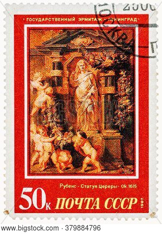 Ussr - Circa 1987: A Stamp Printed In Ussr, Shows Painting Artist Peter Paul Rubens Statue Of Ceres