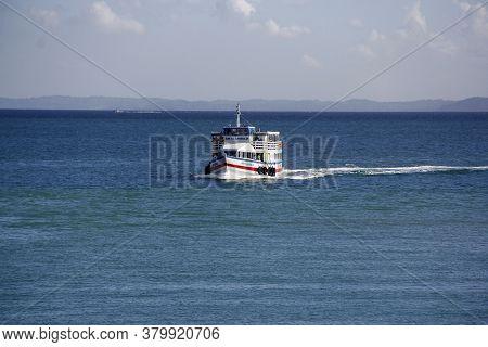 Salvador, Bahia / Brazil - November 3, 2014: Motorboat Is Seen Sailing Through Baia De Todos Os Sant