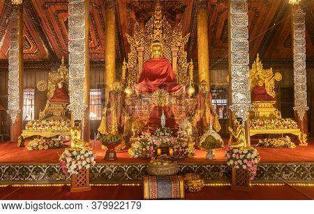 Phayao, Thailand - Dec 31, 2019: Myanmar Buddha And Follower Statue In Church Of Wat Nantaram Or Nan
