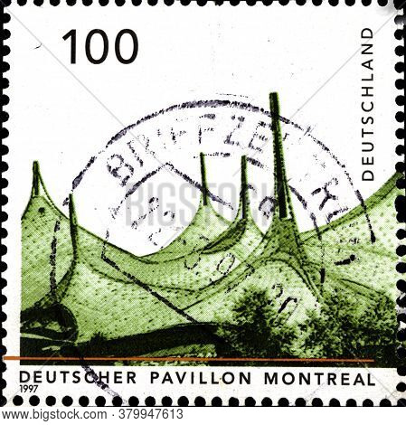 02 09 2020 Divnoe Stavropol Territory Russia The Postage Stamp Germany 1997 German Architecture Afte