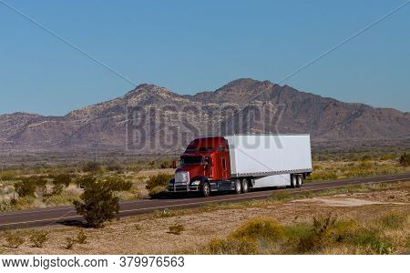 New Mexico Nm Usa - March 14, 2020: Classic Big Rig Heavy Duty Long Haul Diesel Semi Truck With Refr