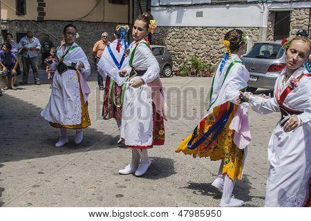 Garganta La Olla, Caceres, Extremadura, Spain, July 1, 2013. Dance of Las Italianas