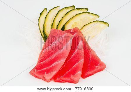 Raw Tuna Fish With Cucumber
