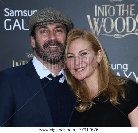 NEW YORK-DEC 8: Actor Jon Hamm (L) and Jennifer Westfeldt attend the