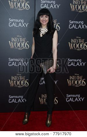 NEW YORK-DEC 8: Actress Lena Hall attends the