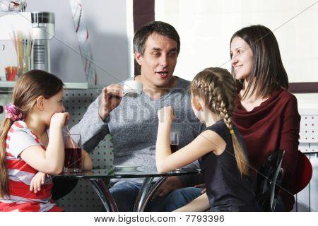 Dad Tells Story